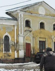Калачеевцы ищут мифические артефакты во дворе местной школы