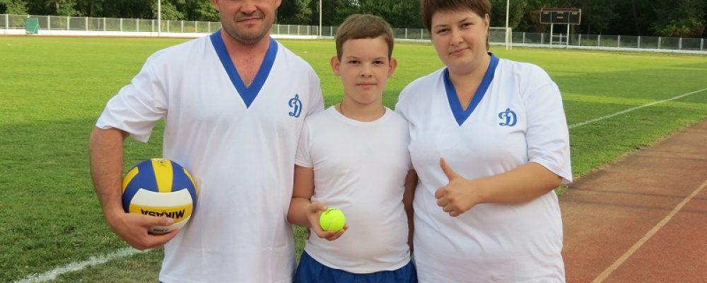 Калачеевские полицейские провели спортивное мероприятие к Дню семьи, любви и верности