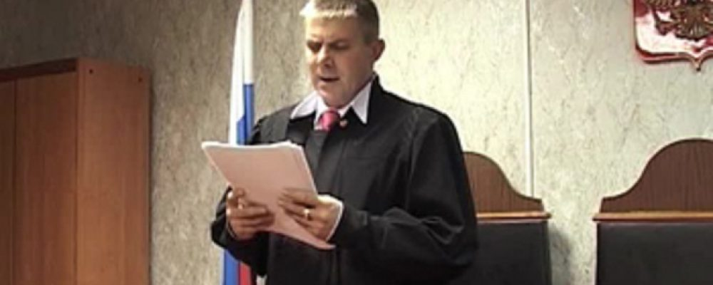 Калачеевский полицейский снова оказался на скамье подсудимых из-за перелома у задержанного