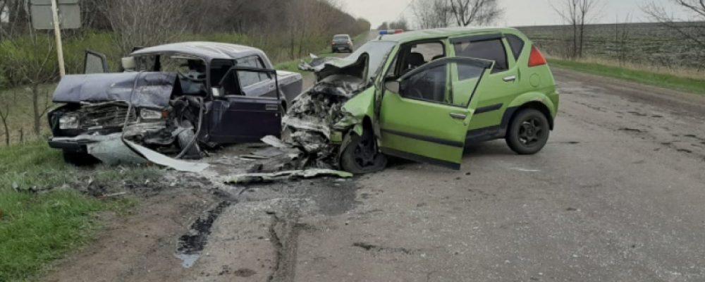 В ДТП на встречке в Калачеевском районе погибла женщина