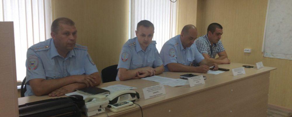 Калачеевские полицейские провели «круглый стол» по вопросам предоставления государственных услуг системы МВД в электронном виде