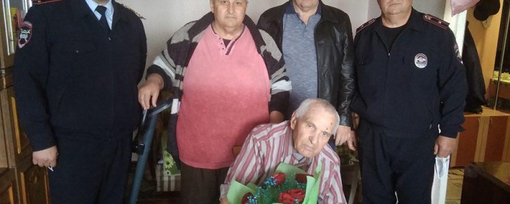 Николай Слюсарев 30 лет работал на страже дорожного порядка в районе
