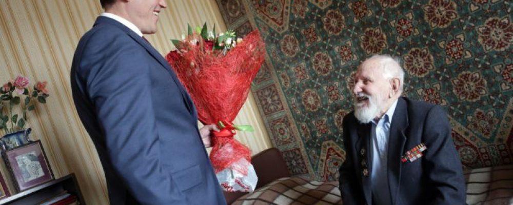 Сегодня празднует свой 102 День рождения Анатолий Дмитриевич Терновский