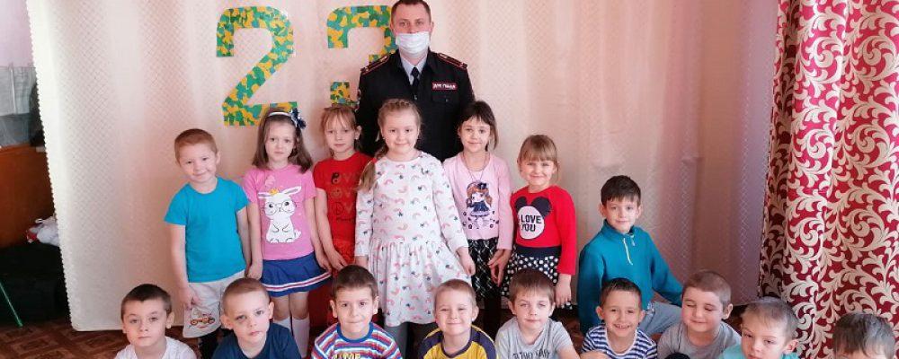 ОГИБДД продолжает разъяснительную работу в детских садах Калачеевского района
