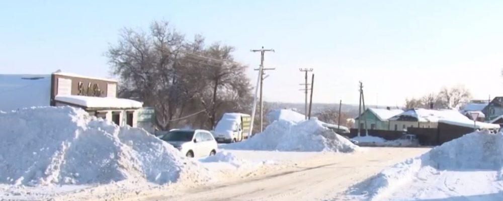 Жители Калача сообщили о рекордном количестве снега