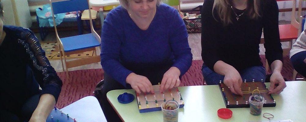В МБДОУ «Центр развития ребенка  детский сад №7» проводится образовательная деятельность с использованием игровой технологии  «Сказочные лабиринты игры»